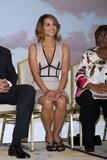 th_62073_Halle_Berry_2009_Jenesse_Silver_Rose_Gala_Auction_in_Beverly_Hills_115_122_129lo.jpg