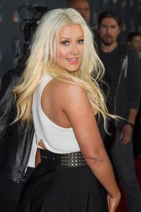 [Fotos+Videos] Christina Aguilera en la Premier de la 4ta Temporada de The Voice 2013 - Página 4 Th_986092504_Christina_Aguilera_73_122_429lo