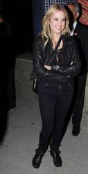 http://img242.imagevenue.com/loc482/th_775856463_ashley_benson_out_about_hollywood_may24_8_122_482lo.jpg